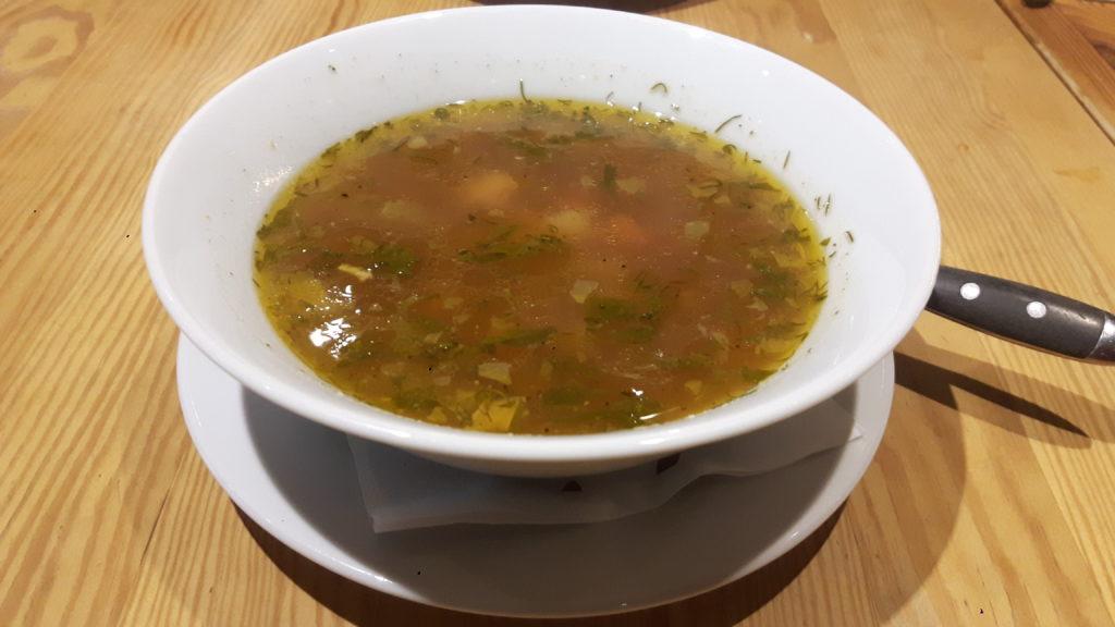 Zupa rybna w Orzo